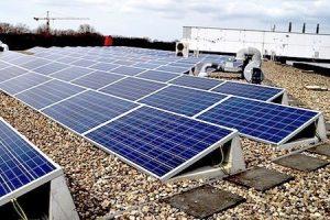 zonnepanelen op bedrijfspand